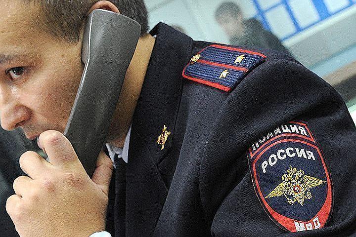 ВКалининском районе усупермаркета отыскали избитого ребенка