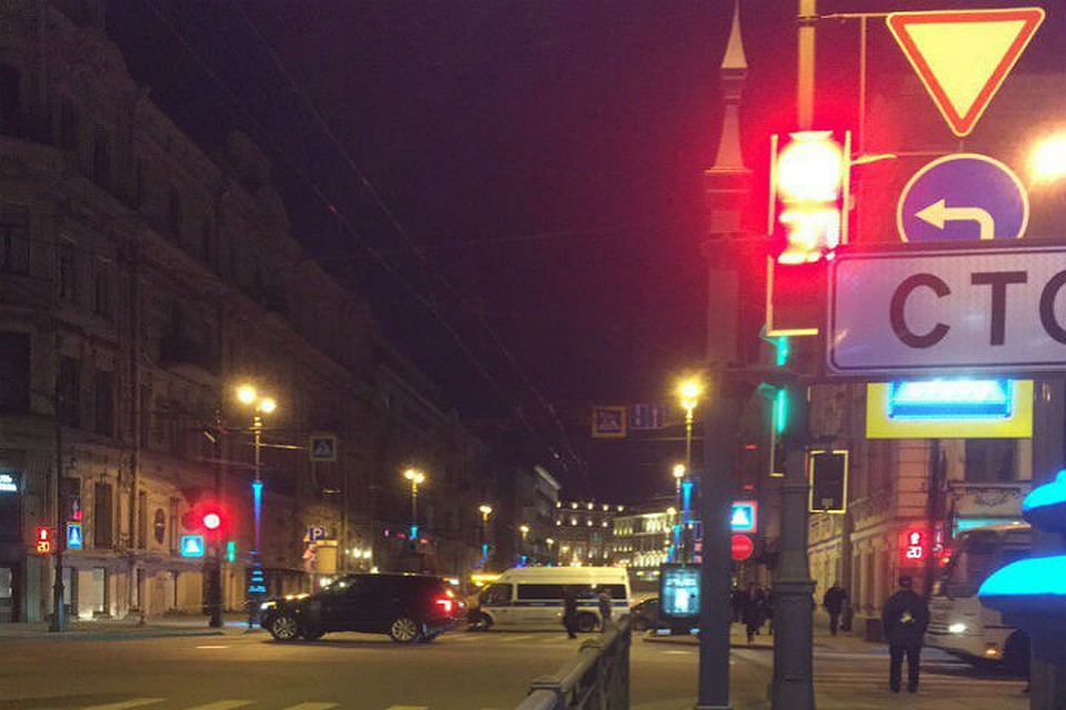 Малую Морскую улицу перекрыли после найденного вавтобусе бесхозного предмета