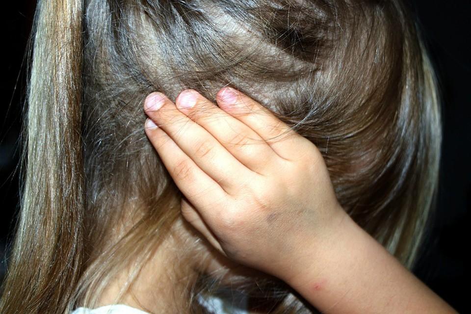 За2-летнее истязание приемных детей пенсионерка получила 4 года условно