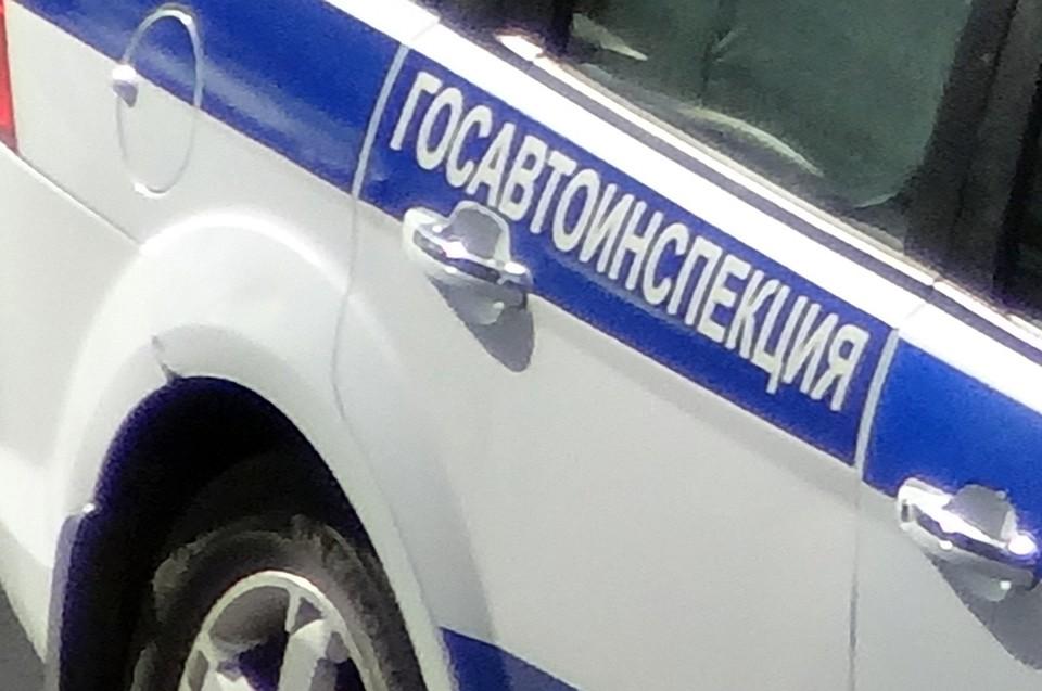 Машина служащих  ГИБДД вТобольске перевернулась ввоздухе