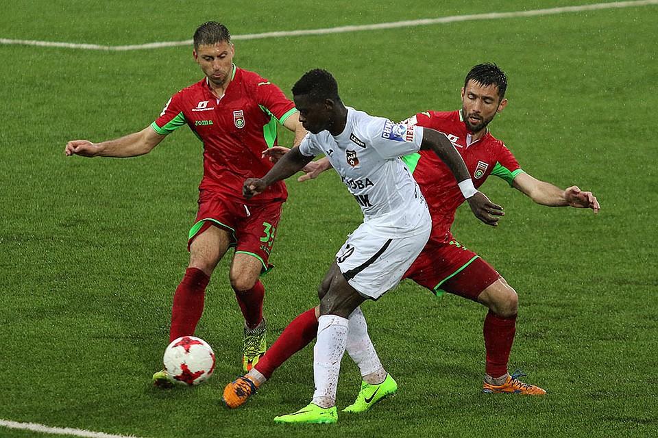 Футбольный «Урал» проиграл «Уфе» в заключительном матче сезона