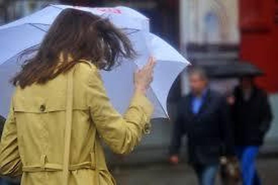 ВКраснодаре предполагается сильный ливень сградом ишквалистым ветром