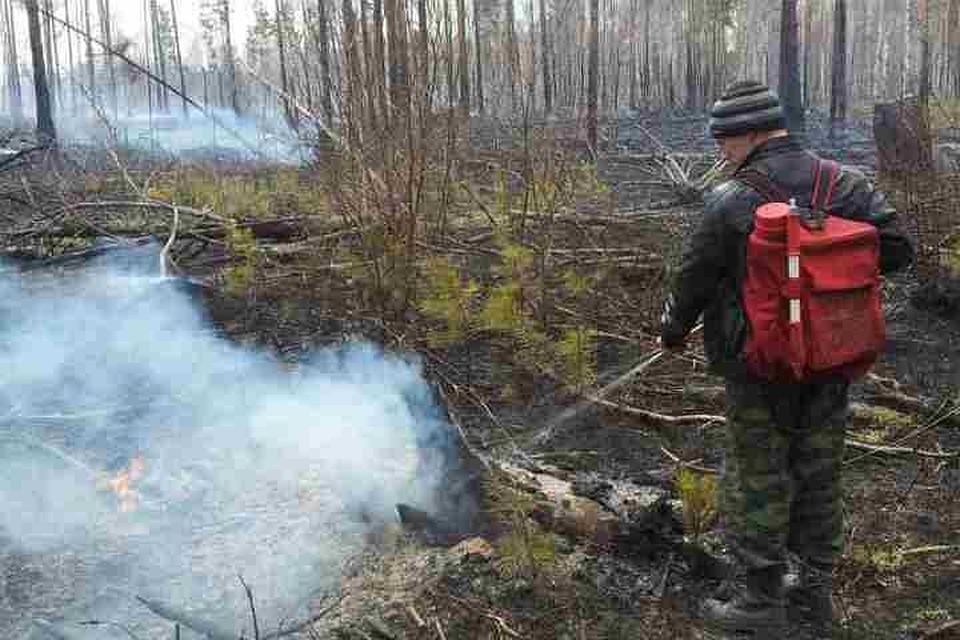 Угроза перехода огня насело иобъекты нефтедобычи вКатангском районе снята