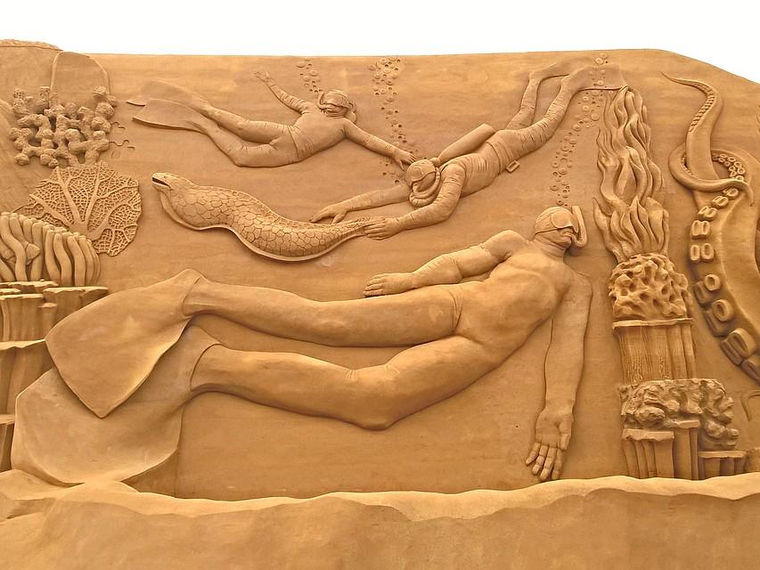 Владимирский скульптор Илья Шанин погрузился в«подводный мир»