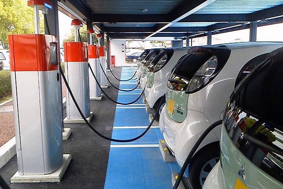Петербург снабдят электромобилями иинфраструктурой