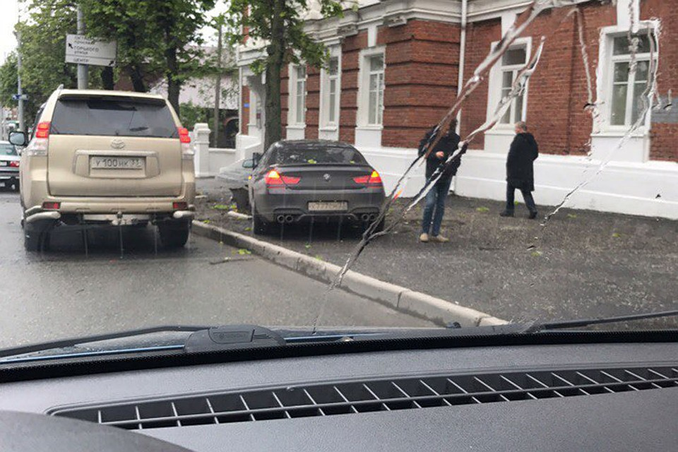 ВоВладимире при столкновении 5-ти иномарок пострадали двое детей
