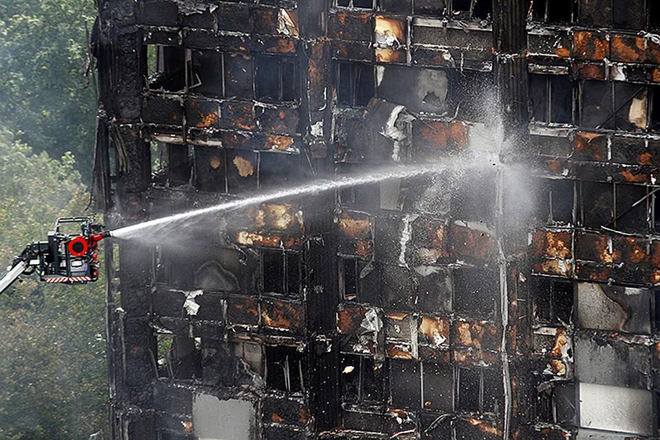 Многие сгорели заживо или пропали без вести. По предварительным данным, 17 человек погибли, еще 79 находятся в больницах