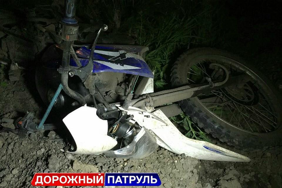 Мотоциклист пострадал, врезавшись вбок джипа вУфе