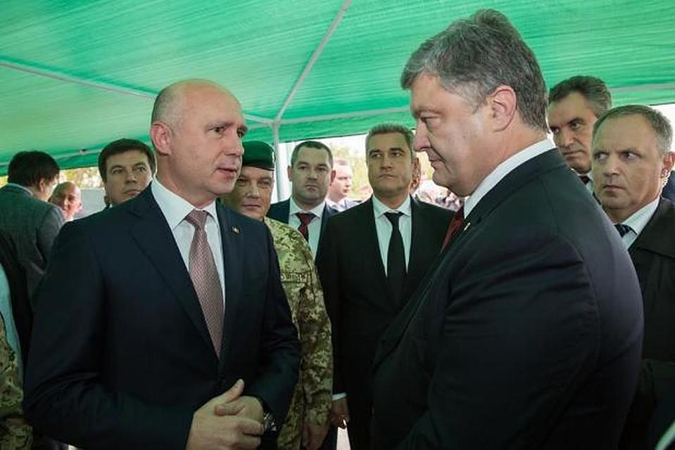 Порошенко обсудил спремьером Молдовы вопрос демаркации границ
