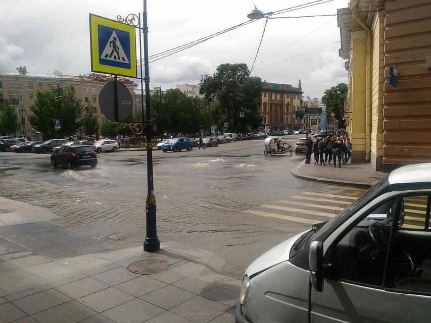 В основном районе Петербурга испытывают теплосети напрочность