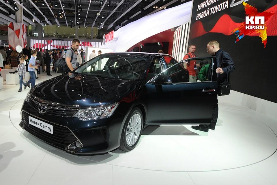 Руководитель Любинского района обзавелся Тойота Camry за1,5 млн