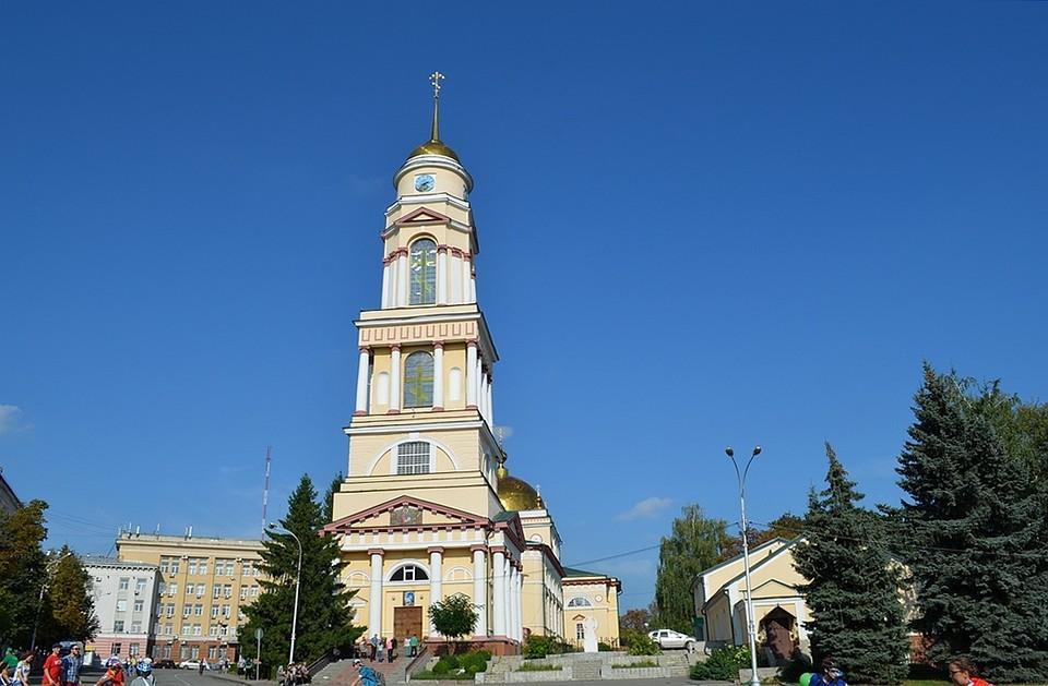 ВБрянске поясу пресвятой Богородицы поклонились 10 тыс. прихожан