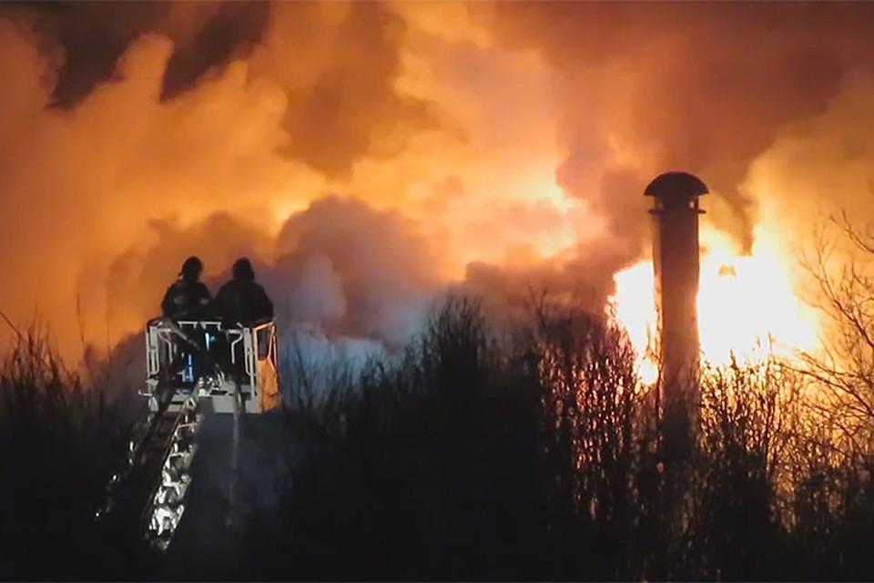 Локализован пожар вавтосервисе наЯрославском шоссе