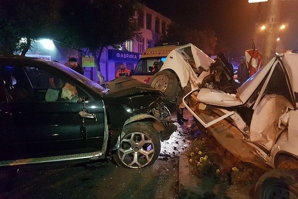 Появилось видео смертельной трагедии сучастием «БМВ X5» и«семерки» вПятигорске