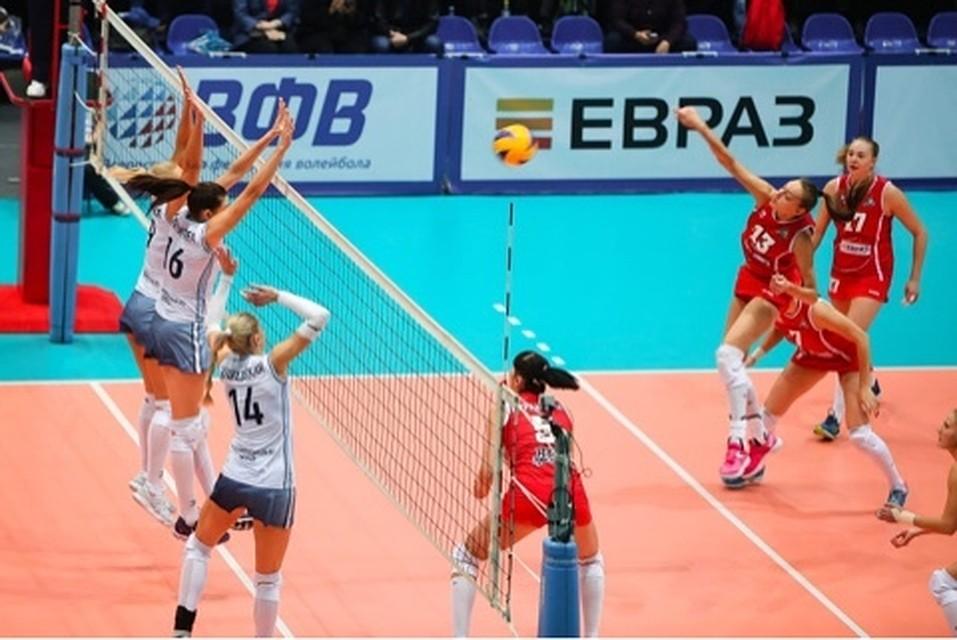 «Уралочка» всухую переиграла «Сахалин» настарте чемпионата Российской Федерации