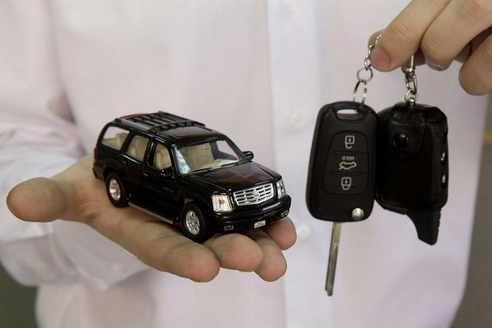 Депутатам  Казани запретили иметь авто дороже 2 млн руб.