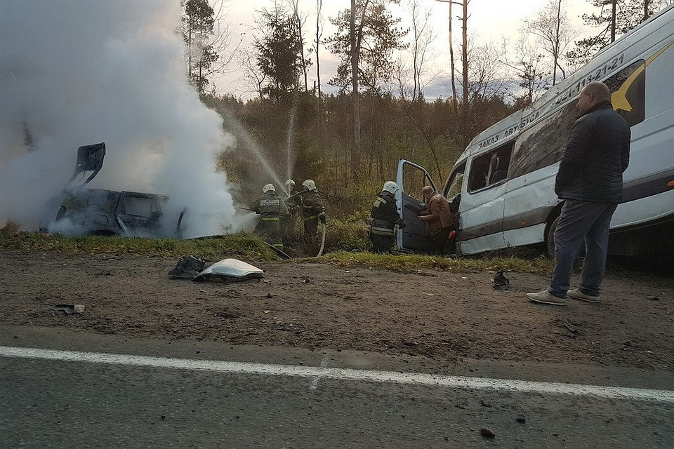 ВДТП слегковушкой иавтобусом под Псковом сгорела настоятельница Творожковского монастыря