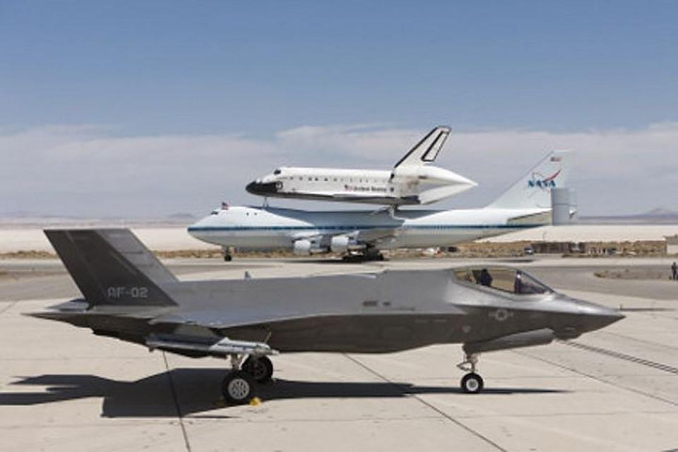 США перебросят набазу вЯпонию 12 бомбардировщиков F-35A
