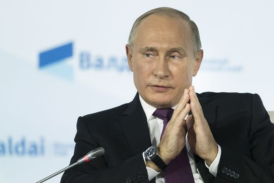 Путин объявил, что одобряет взвешенную политику Центробанка РФ