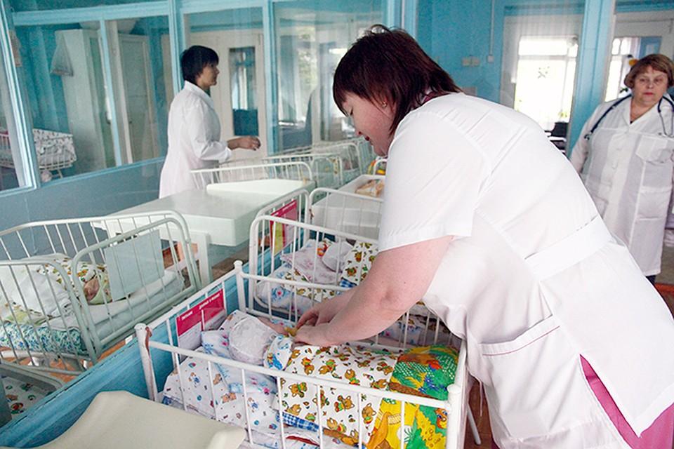 Казанцы назвали новорожденных именами Ализа, Сююмбикя, Стефан, Амилия иЧингиз