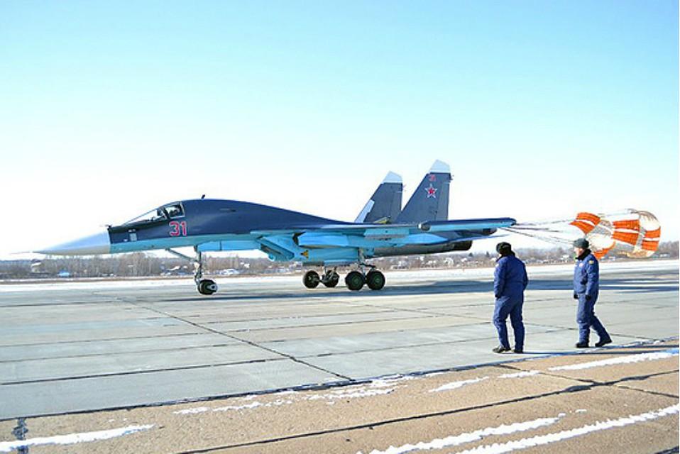 Истребители Су-34 уничтожили первые наземные цели вВВО