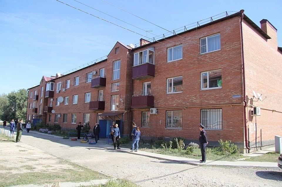 Впосёлке Анджиевском многоквартирный дом стрещинами приведут впорядок