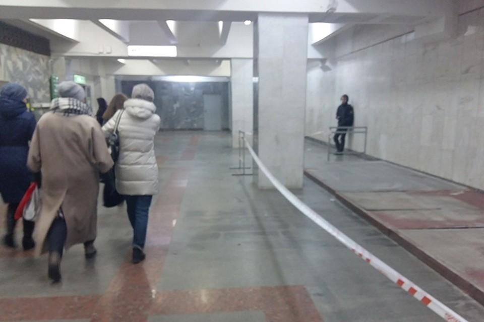 ВЕкатеринбурге приставы демонтировали киоски на 2-х станциях метро