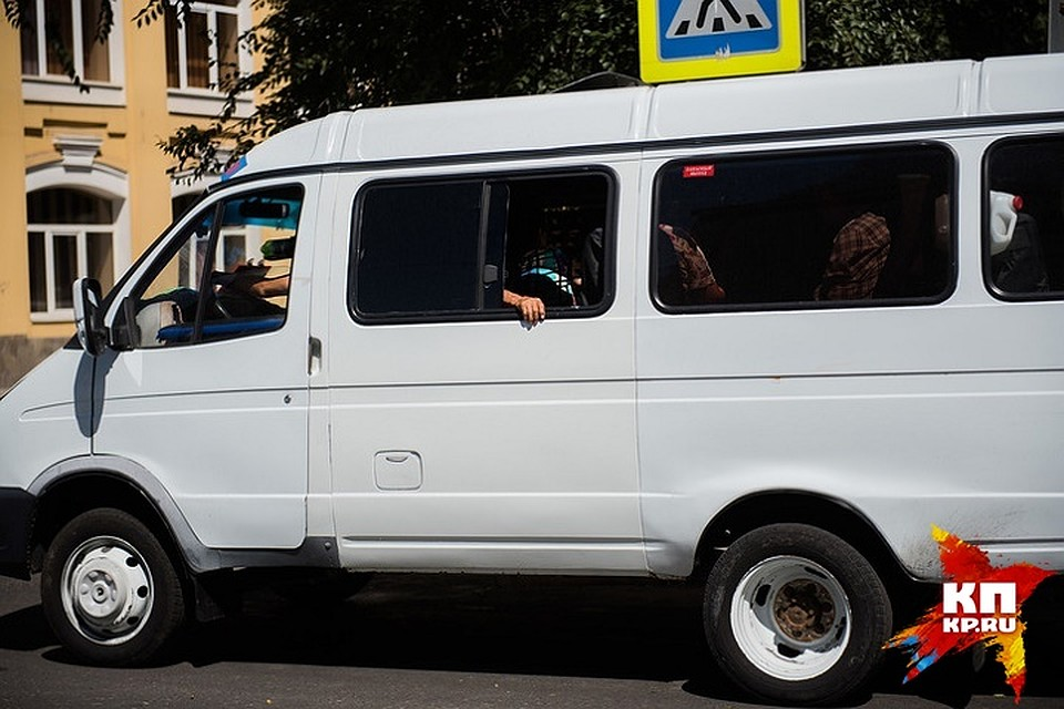 ВАстрахани задолги арестовали автобус спассажирами