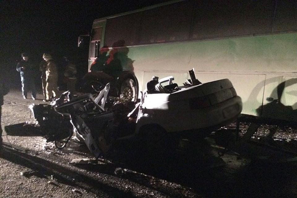 В ужасной трагедии натрассе вБашкирии умер шофёр ВАЗ