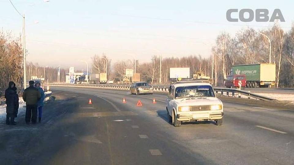 ВСвердловской области «легковушка» сбила 2-х  женщин напешеходном переходе