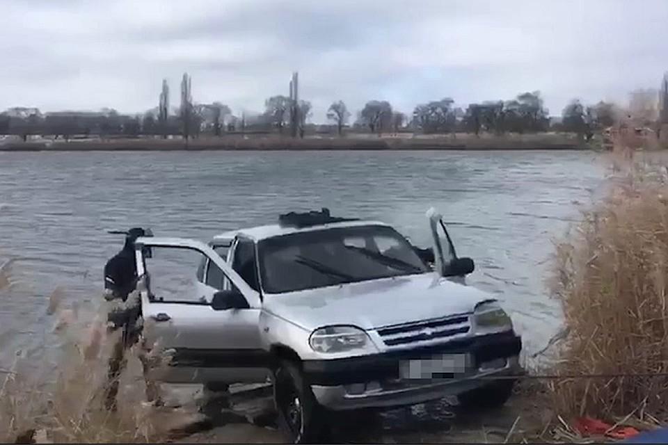 НаСтаврополье лихач нырнул отавтоинспекторов в водоем
