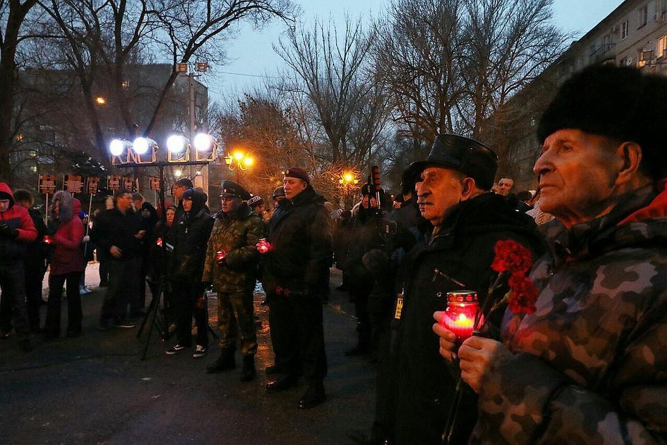 Навальный вСаратове: мэрия и милиция активно противодействуют его встрече со любителями