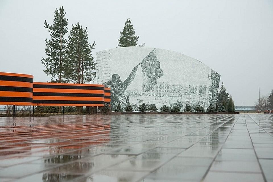 Губернатор Андрей Бочаров проинспектировал реконструкцию ЦПКиО