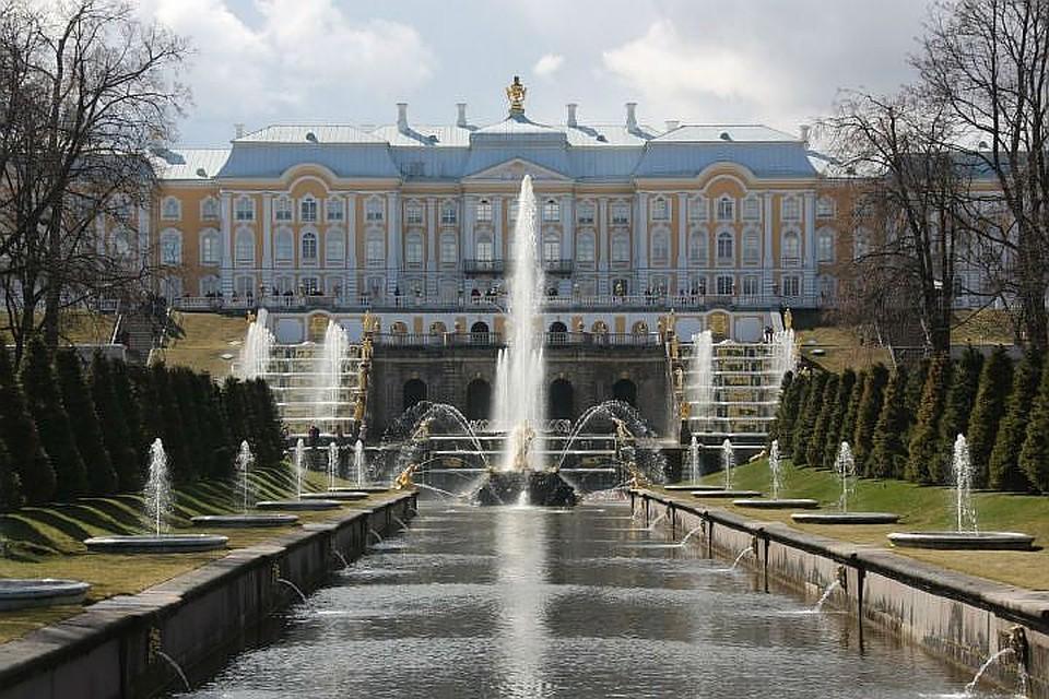 Петергоф принял неменее 5 млн гостей истал наиболее популярным музеем