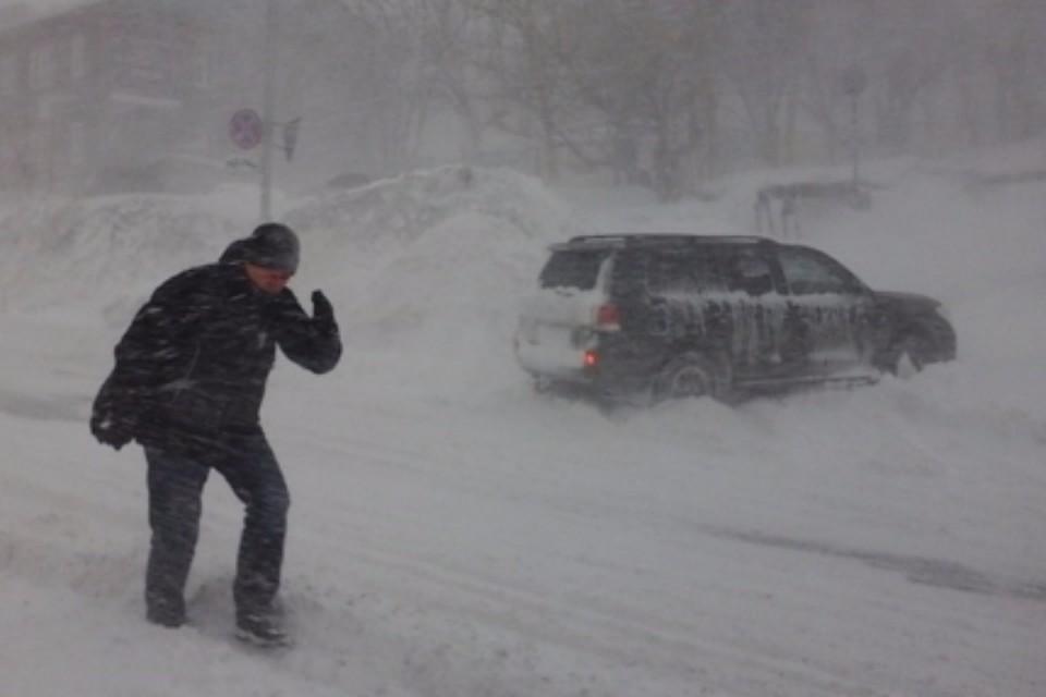 Циклон прервал движение междугородних автобусов вХабаровском крае