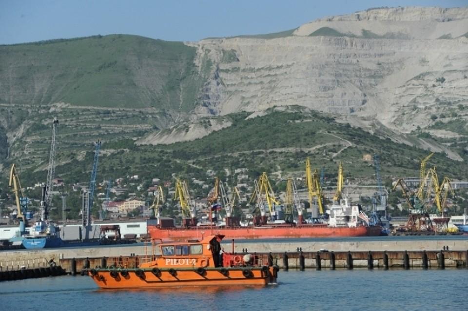 ВНовороссийске устранили последствия разлива нефти