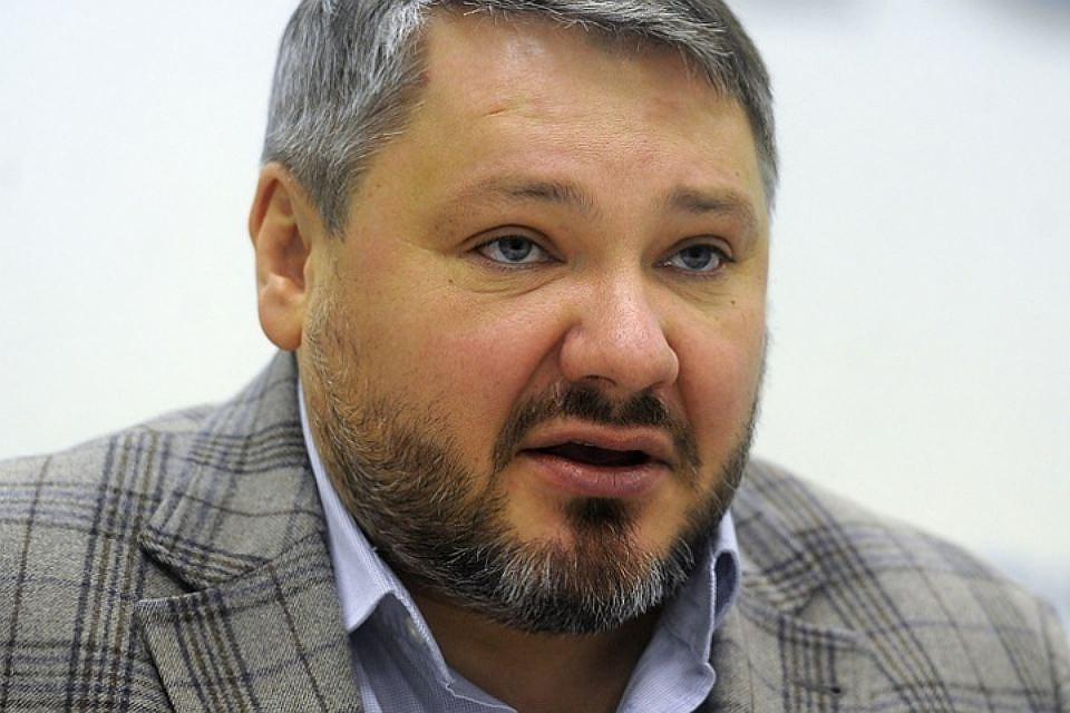 Антон Баков снимает свою кандидатуру свыборов президента из-за Романовской империи