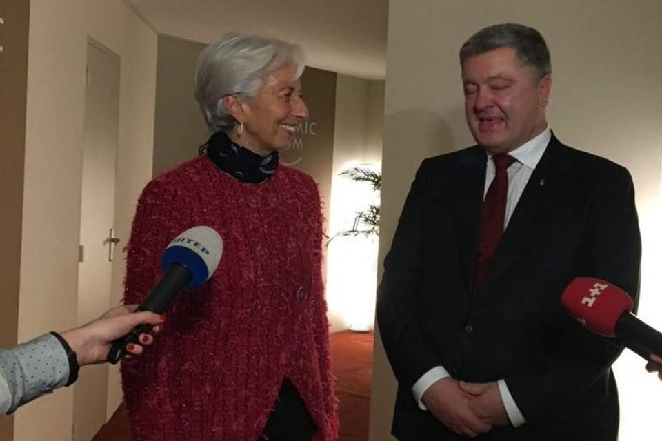 Порошенко подтвердил готовность ксотрудничеству сМВФ в нынешнем 2018