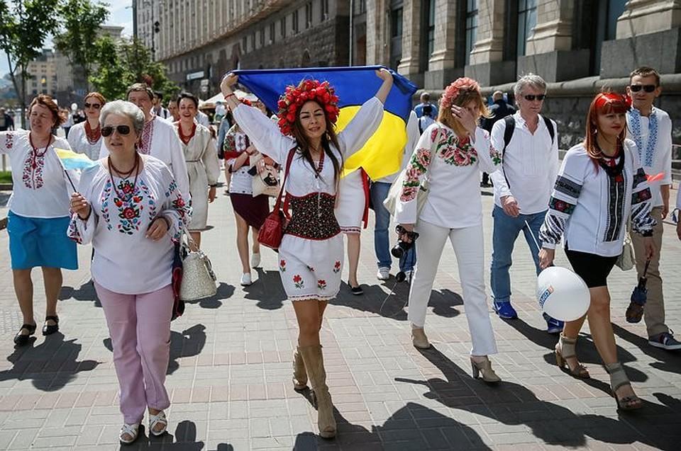 Деньги непахнут: сколько украинцев готовы ездить в РФ назаработки