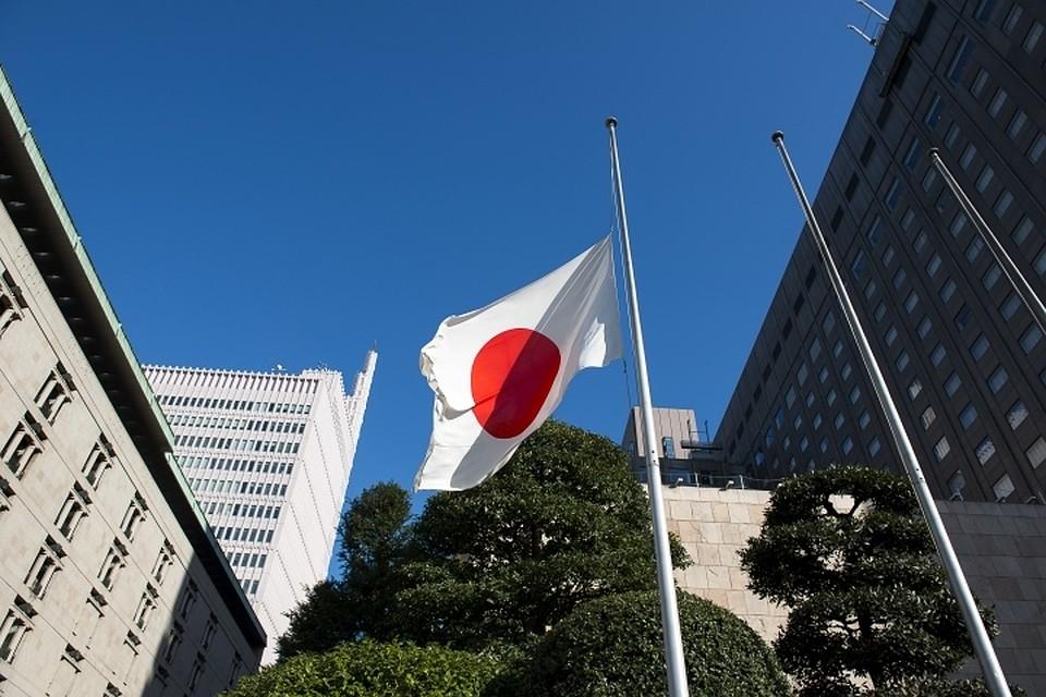Японские народные избранники обучаются спасаться отсеверокорейских ракет