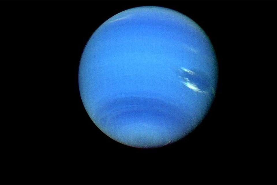 Планета Солнечной системы Нептун на которой возможно имеется суперионный лед