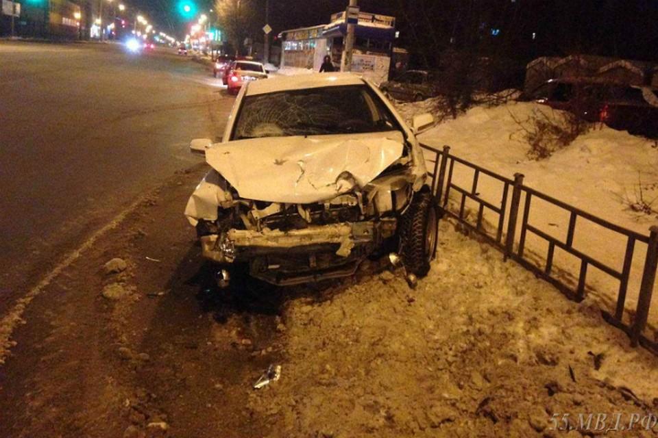 ВОмске из-за нетрезвого водителя вДТП пострадала школьница