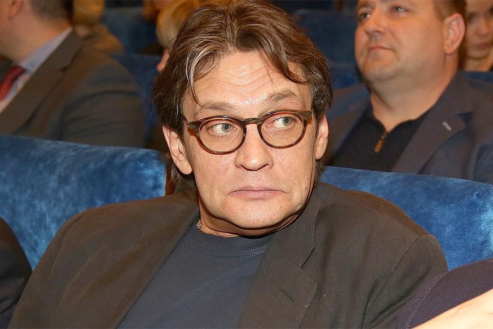 Александр Домогаров объявил, что уходит изтеатра