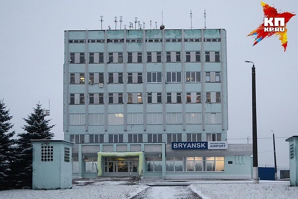 Авиарейс Петербург— Брянск отменили из-за снегопада