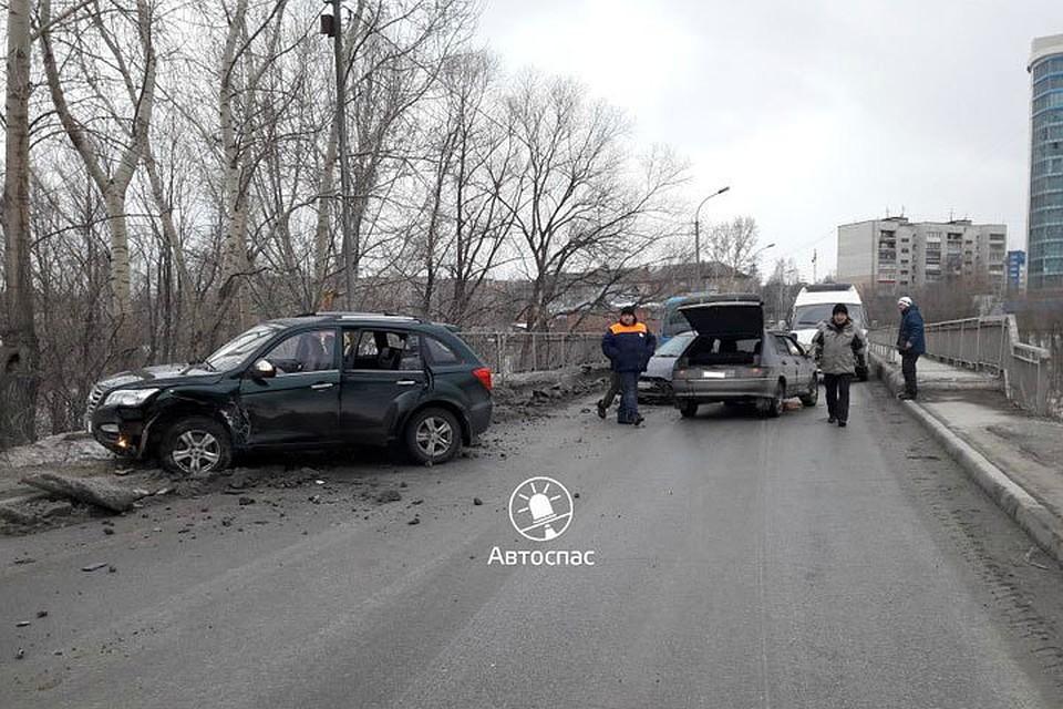 Пассажирка Лифан пострадала вмассовом ДТП натрассе под Новосибирском