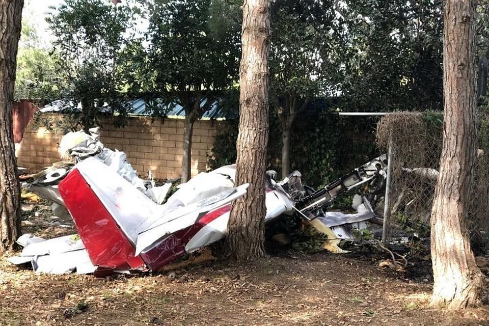 Два человека погибли из-за крушения маленького самолета вштате Калифорния