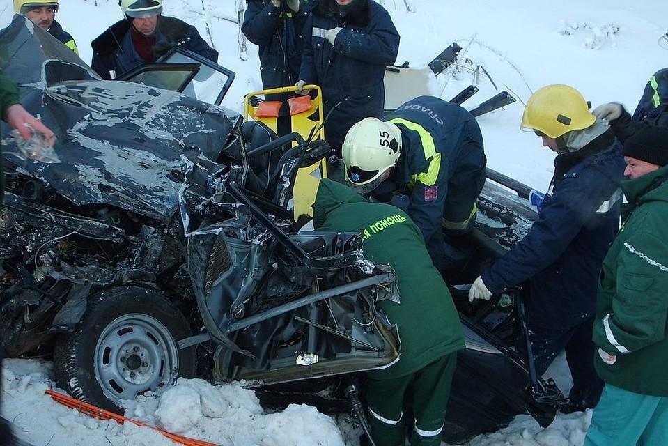 ВПермском крае 80-летний шофёр умер вДТП сКамАЗом