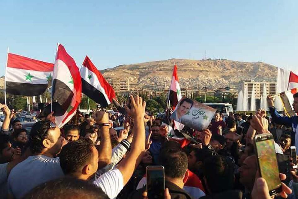 Стихийный митинг начался вДамаске после атаки США наСирию