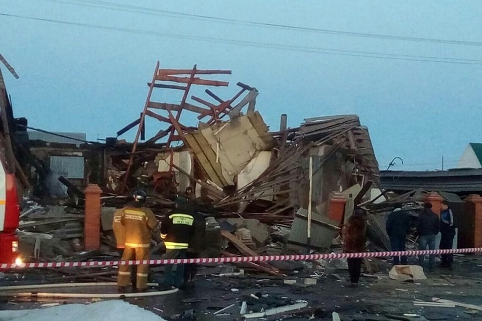 Три человека пострадали при взрыве газа в личном  доме под Тюменью