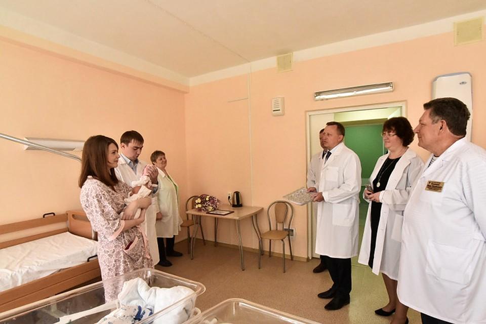 Четверню выписали изроддома Новосибирска